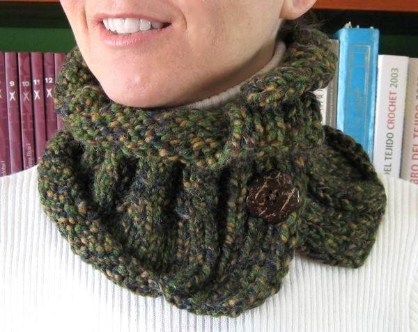 Madonna - Blue, Beige, Brown and Green Wool Scarflette