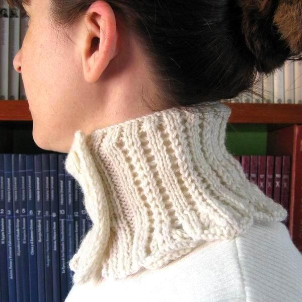 Jane Austen High Neck Collar - Ivory