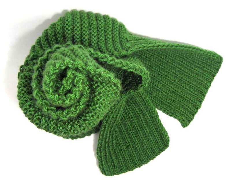 Catalano Scarf - Hand Knitted with Forest Green Merino Wool