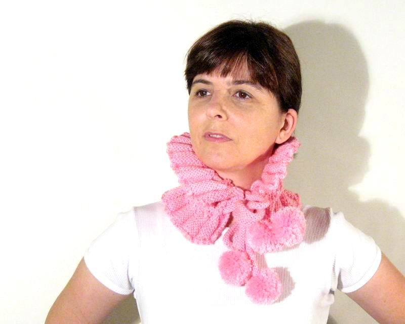 Cowl - Hand Knitted with Pink Merino Wool