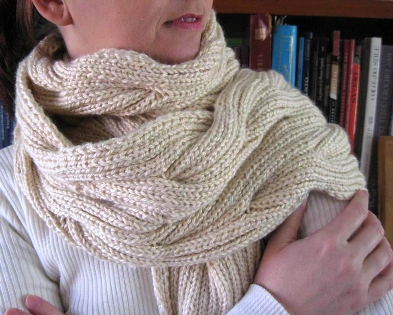 Waves Scarf - Hand Knitted with Cream Merino Wool