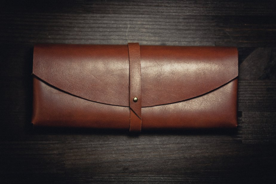 Horween leather clutch de northwardhandcraft