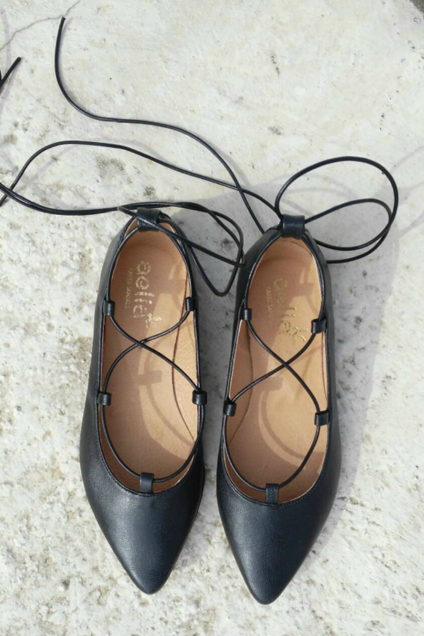 Lace Up Flat Shoes de aeliasandals