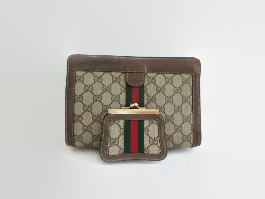 Vintage Gucci clutch - VintieSweetheart