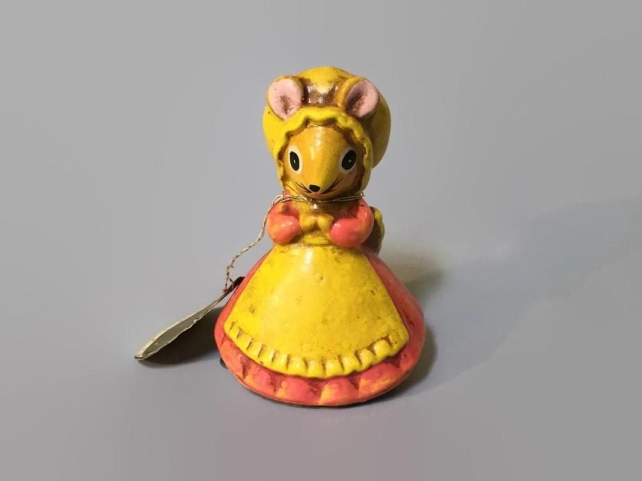 Vintage mouse tape measurer - TheJellyJar