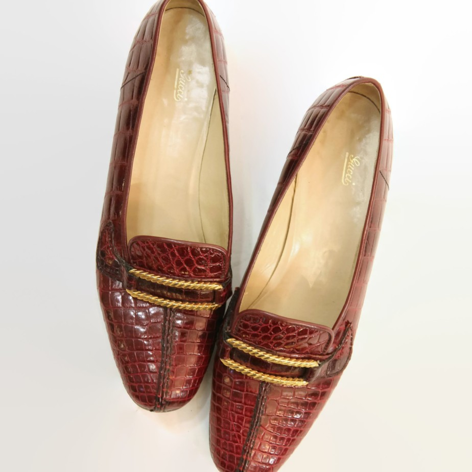 70s Shoes Gucci Loafers - CrushVintage
