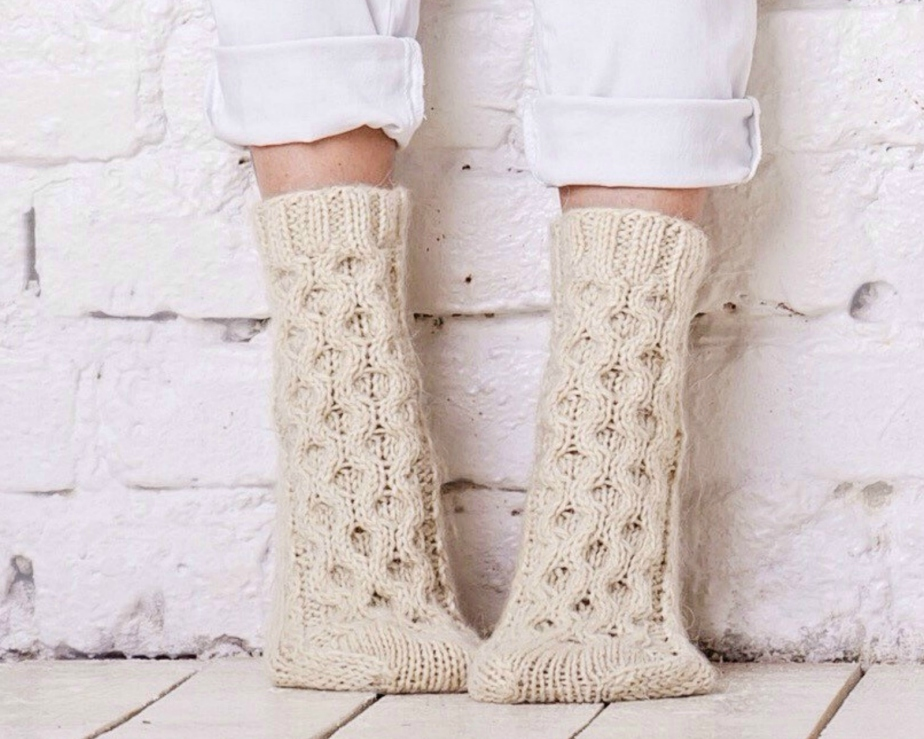 Cable socks Knitted - MyCharmingWool