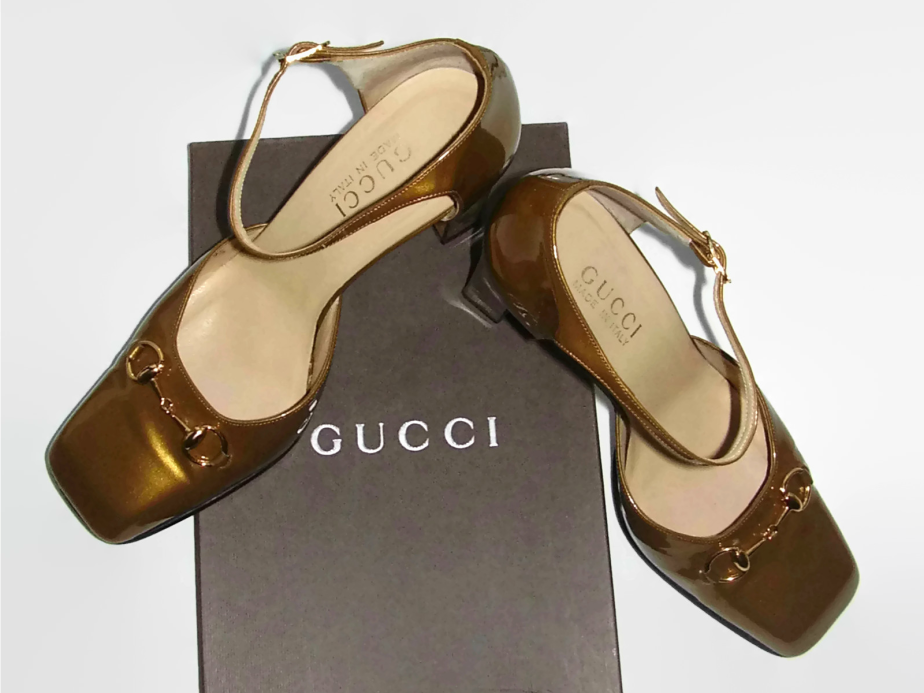 GOLD GUCCI SHOES - GIGIPEONI