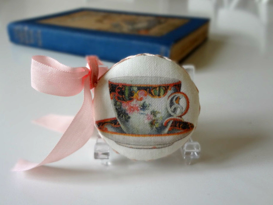 Tape Measure Antique Teacup 1920s - EnglishPreserves