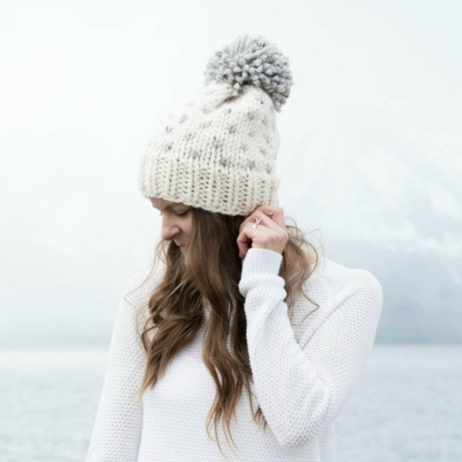 Fair Isle Knit Slouchy Hat With Pom Pom por ozetta