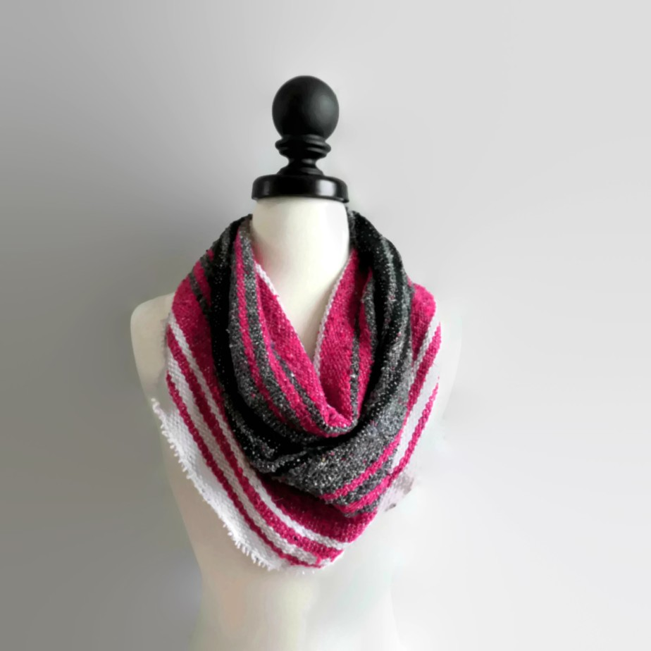 Hot Pink and Black Mexican Blanket Small Cowl Scarf por PsandQsHandmade
