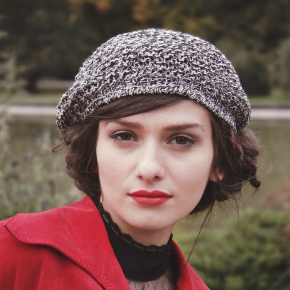 woman's beret por BonniesCinematheque
