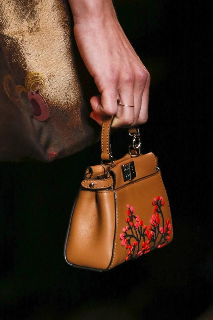 Detalle de la colección Fall 2016 de Fendi