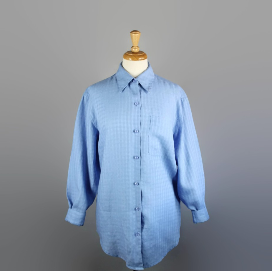Vintage Women's Periwinkle Blue Irish Linen Long Sleeved Button Down Shirt by gogovintage
