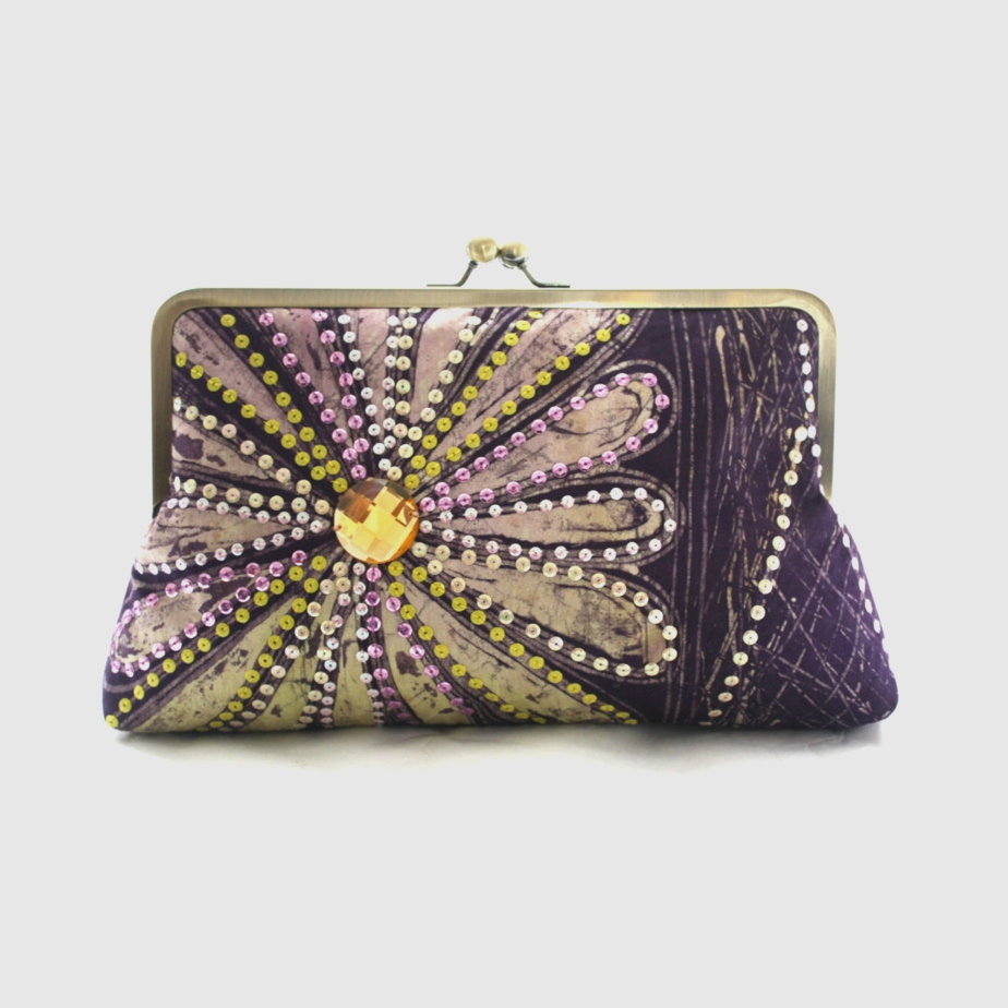 Purple Clutch Bag de Urbanknit