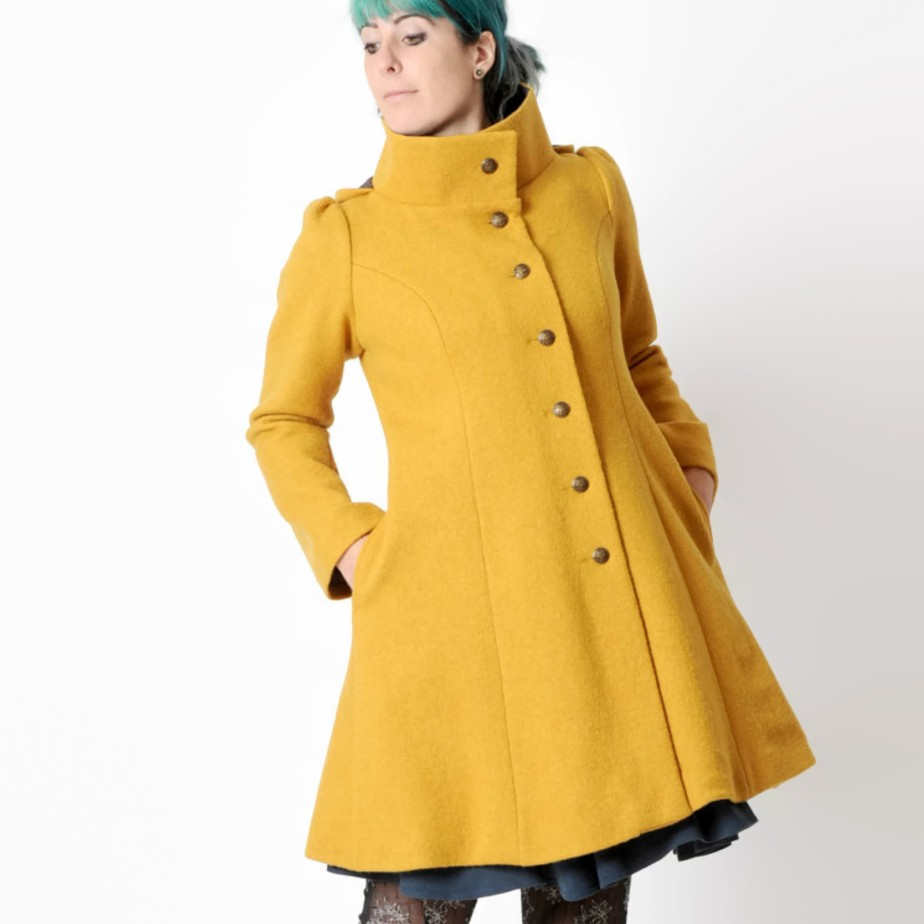 Mustard yellow wool Coat de Malam