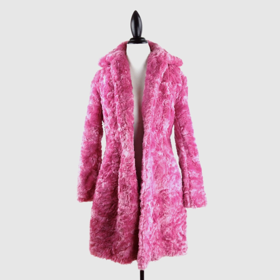 90's Bubble Gum Pink Fuzzy Faux Fur Jacket de FeelingVagueVintage